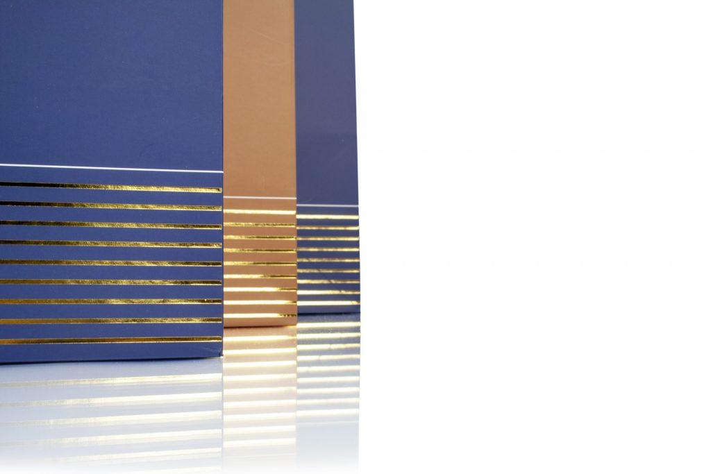 Luxe papieren draagtas met goudfolie