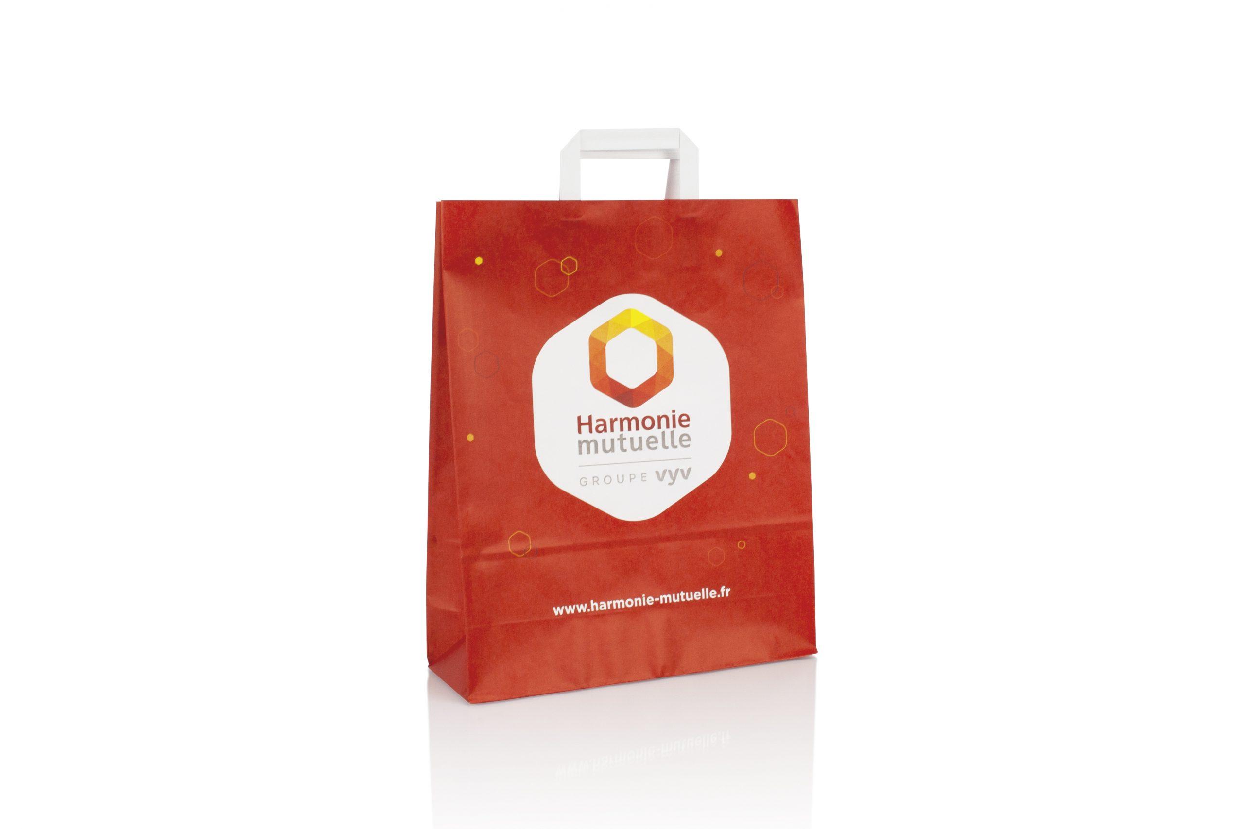 Kraft papier zakken met plat handvat met logo