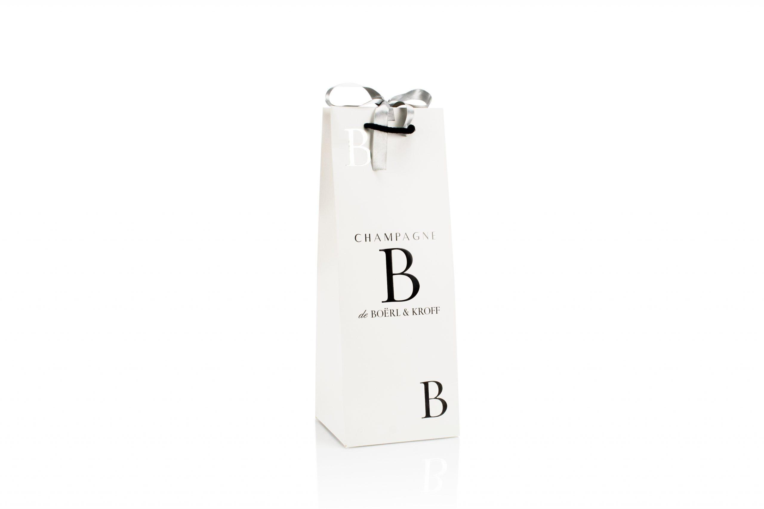 Luxe champagnezakken met zilver folie bedrukt met logo