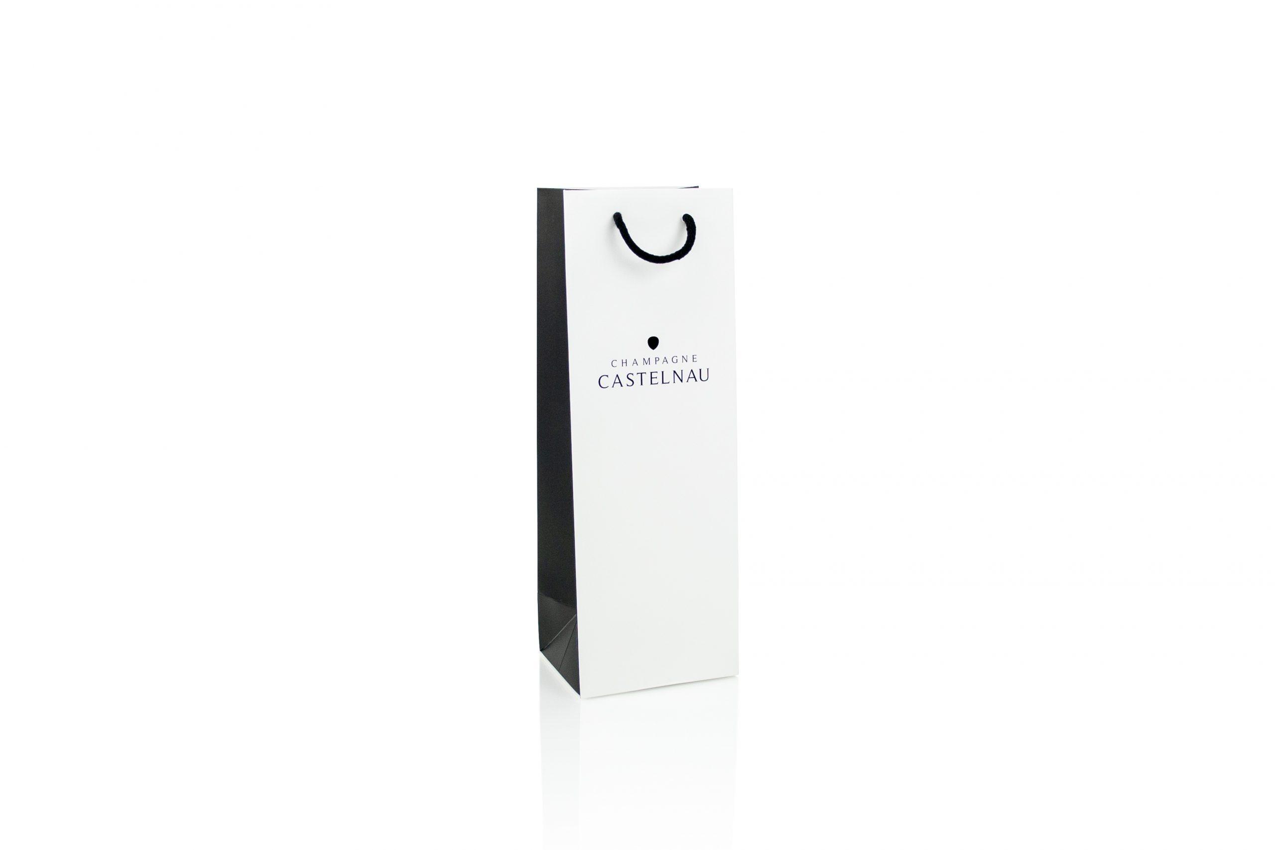 Luxe zakken voor wijn en champagne bedrukt met logo
