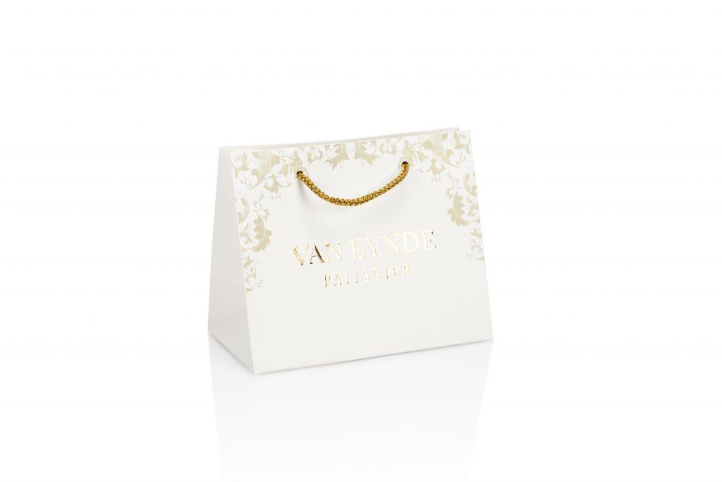 Geschenkzakken voor chocolaterie bedrukt met logo