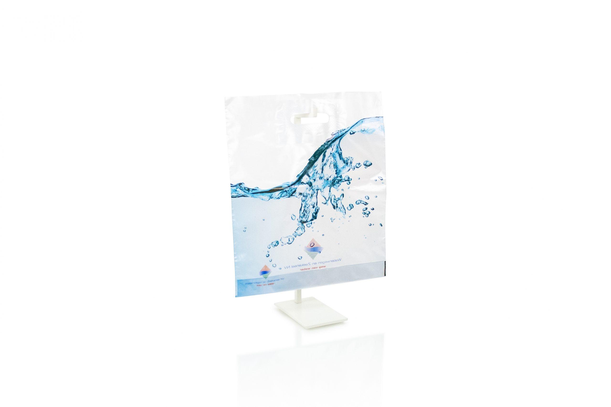 Plastic draagtas met uitgekapt handvat - gepersonaliseerd met bedrijfsnaam of logo