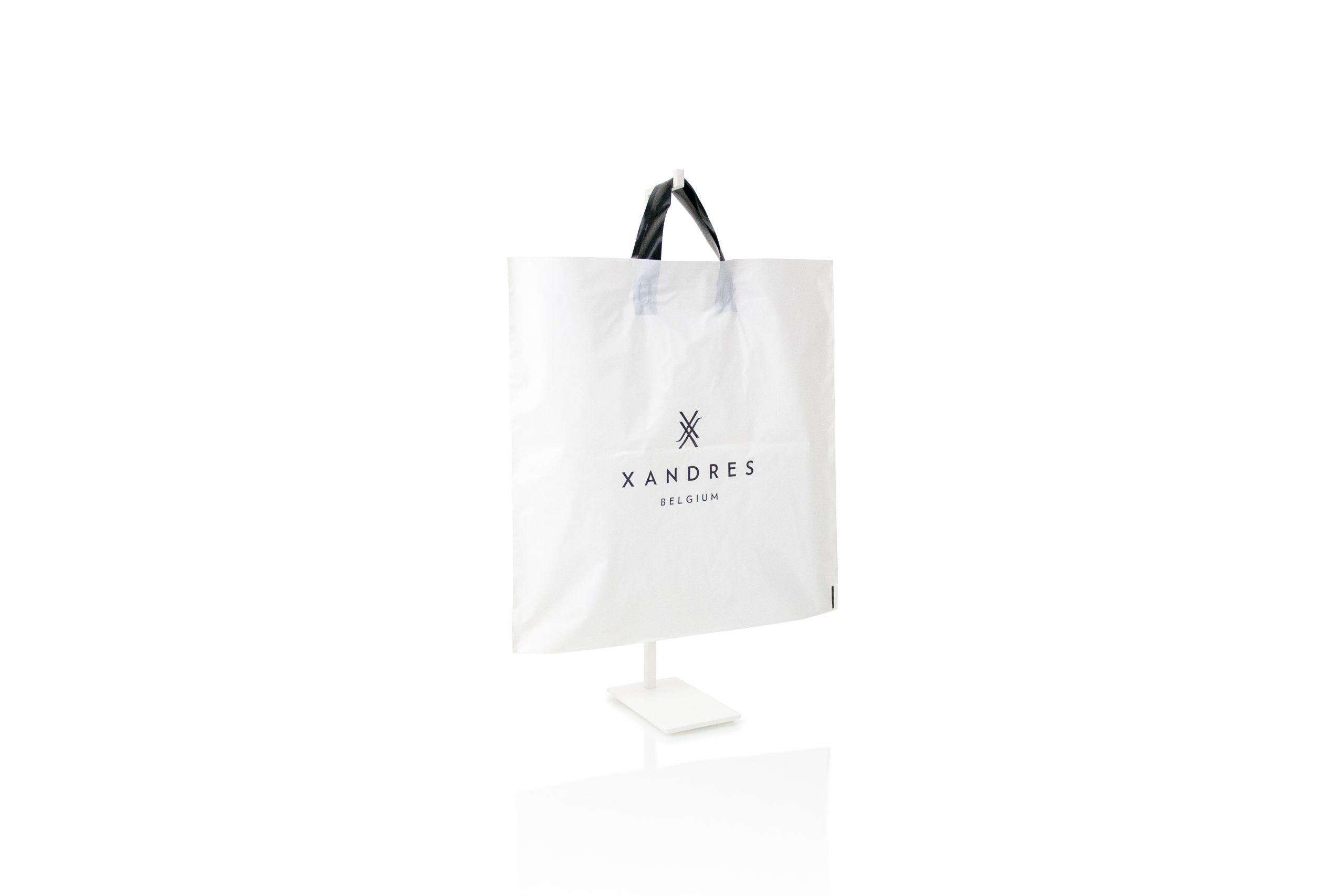 Plastic zak met lushandvat gepersonaliseerd met bedrijfsnaam of logo